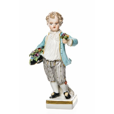 figurine Gardening child with had and flowers Meissen gardening childs painted 1st Choice very good condition