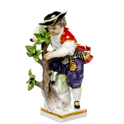 figurine Gardening working on tree Meissen gardening childs painted 1st Choice very good condition