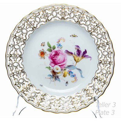 dinner plate pierced plate with flowers & innsects pattern Meissen New Cutout Flowers and Insekts 1st Choice very good condition