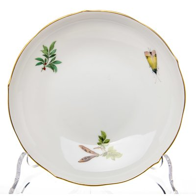 coffee cup and saucer Meissen bird and insects painture Meissen New Cutout form 0052 1st Choice after 1970